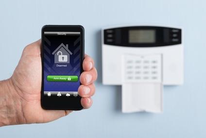 elektronisches Türschloss mit Smartphone